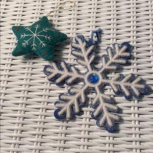 Set of 2 Snowflake Ornaments ❄️🎄